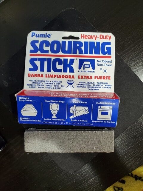 pumice-stick-for-toilet-bowl